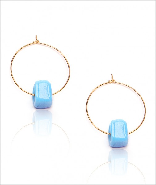 Hoops With Blue Asymmetric Pearl