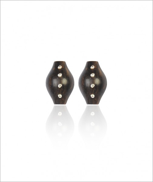 Ebony Earrings with Four Pearls